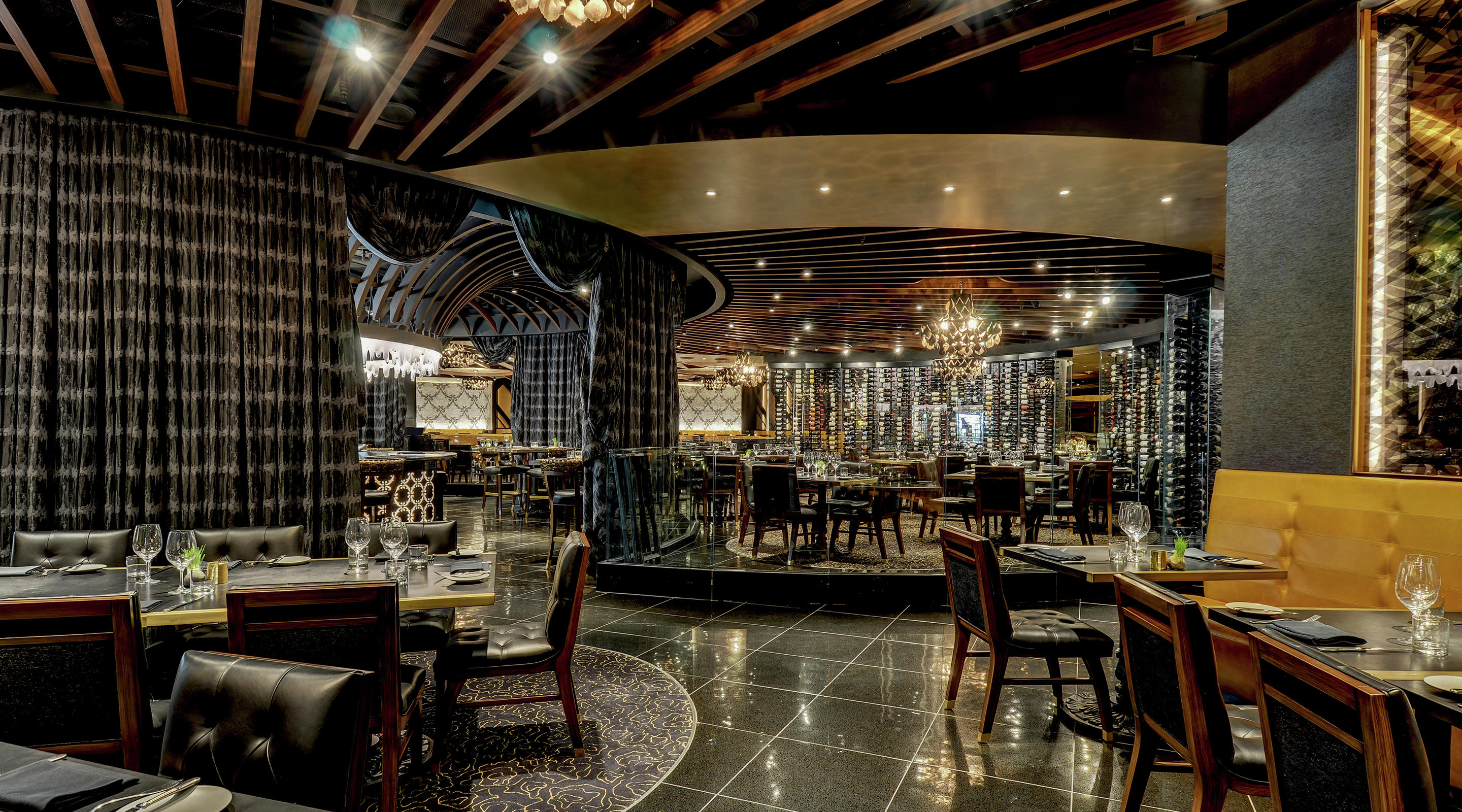 Main dining area in Jean Georges Steakhouse.