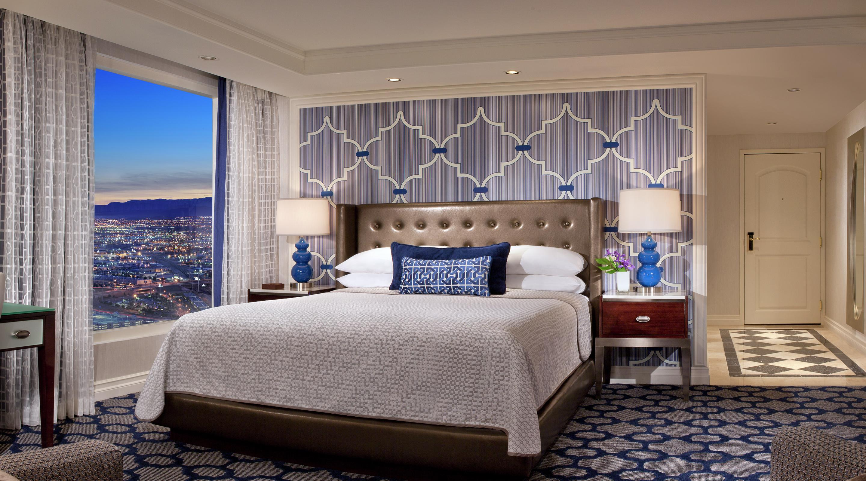 Las Vegas 2 Bedroom Suites On The Strip Las Vegas 2 Bedroom Luxury Suites The Canyon Suite Red