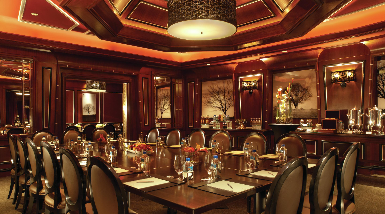 Steak seafood restaurant tender mgm resorts for Fish restaurant mgm